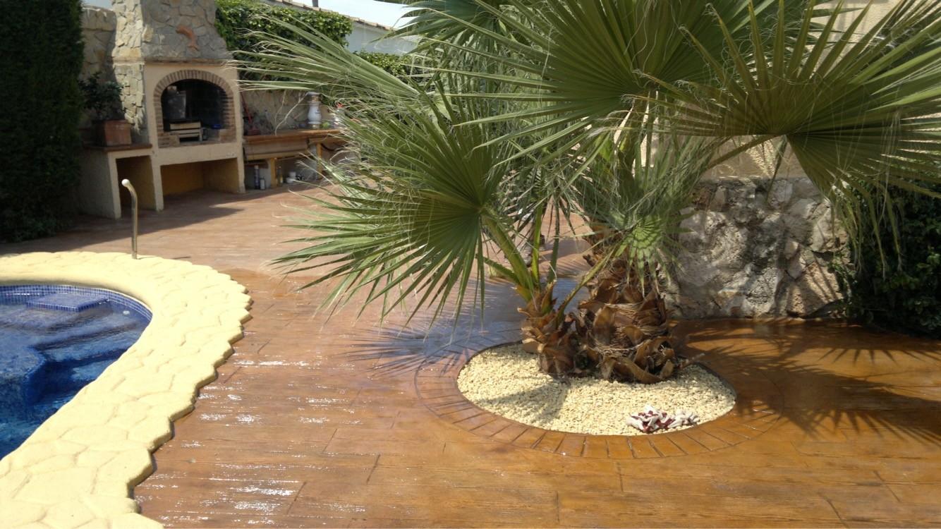 Hormigón impreso piscina en Calpe