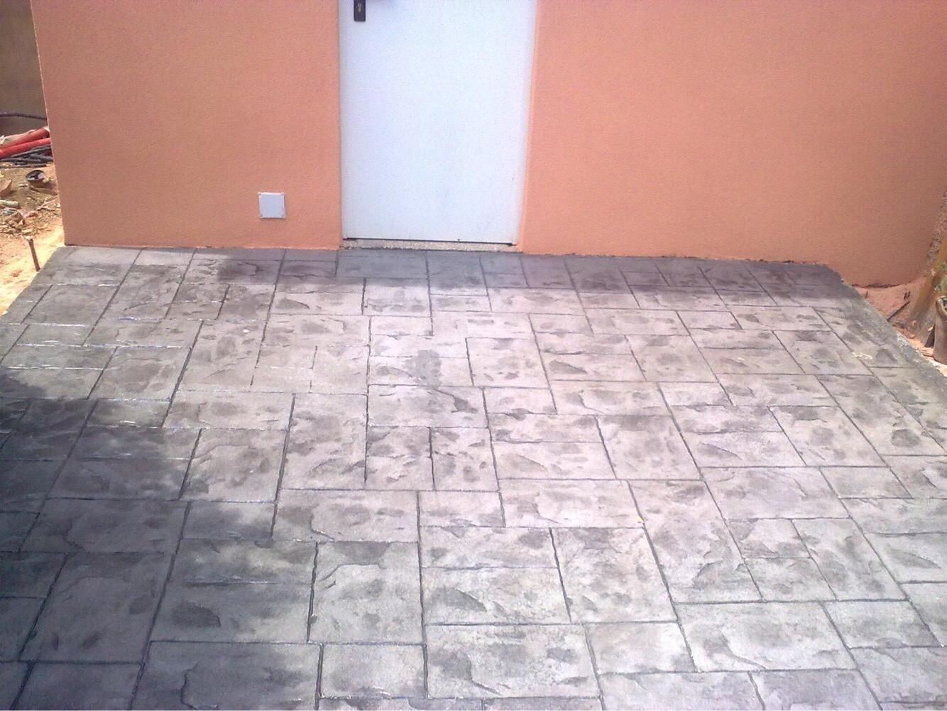 Hormigón impreso suelo en Lliria